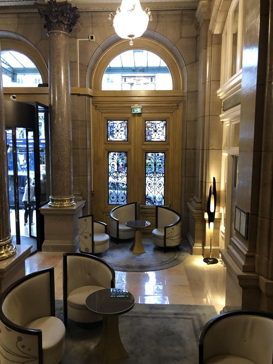 初めてのパリでの滞在はどこに行くにも便利な ヒルトン・パリ・オペラ  ホテルもとても居心地が良い