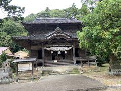 平安時代からあった寺社ですが、何度かの移転を経て、1577年に毛利氏によって、現在の位置に遷座され、1812年に今の建物がつくられたとの事です。