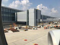 新サテライトターミナルS1のゲートに到着