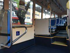 モノレールで一駅後に無料のバス・パープルline