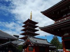あちこち歩いて、気づいたら浅草寺の境内でした。なんだか京都市内みたいな雰囲気です。