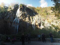ここが一番のみどころの大滝です。