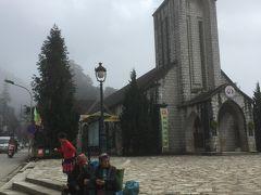 サパ教会。 1920年にフランス人が建てたそう。 町のランドマーク。