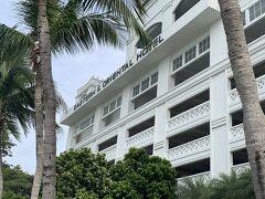 ペナン島に到着! 宿泊ホテルはジョージタウンにあるイースタン&オリエンタル。 シンガポールにあるラッフルズの系列です。