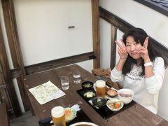 12:49  おなかがすいてきたのでお昼ごはんです。  石舞台古墳のところにある  明日香の夢市茶屋にです。