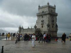 海へ向かう船を見送り、無事帰って来た船を迎えるベレンの塔です。