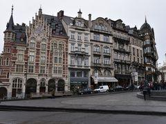 さて、ブリュッセル中央駅を抜け、ルイーズ広場の方へ行ってみます。 写真の一番右上が、『楽器博物館』。