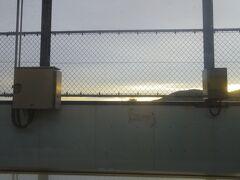 植松駅です。直前の宇野線との分岐地点の写真も撮ったのですがブレていました。