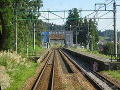大沢駅。ここも通過。