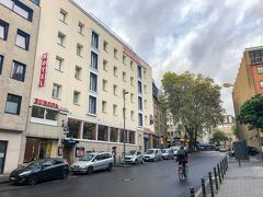ケルンで宿泊したホテルは CityClass Hotel Europa am Dom(シティクラス ホテル オイローパ アム ドム) 。ケルン駅からも徒歩5分ほどで、大聖堂のすぐ近くでした。