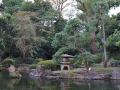 日本庭園経由でグランドプリンスホテル新高輪へ。