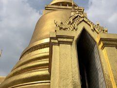 金ピカ寺院 いろんな国の方々が来ています。