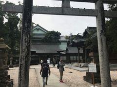 続いて、お隣の「松江神社」へ。派手さは無いシンプルな神社でした。