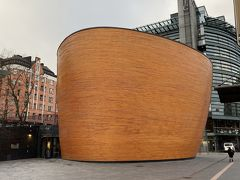 カンピ礼拝堂 ヨーロッパにそぐわない近代的な礼拝堂でした。 内部撮影禁止でトイレが1回1ユーロでした。