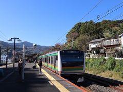 湯河原駅。帰路、東海道線に乗って。