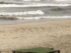 台風接近で 海が荒れてきています