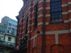 続いて西門街まで歩きました。西門紅楼です。中は雑貨屋さんがあります。