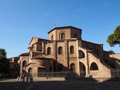 Basilica di San Vitale サン・ヴィターレ教会  一つ目にして最高の場所にやってまいりました。