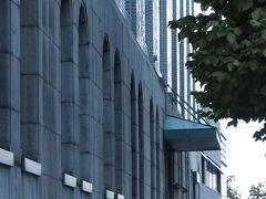 そしてこちらは 昨日何度も撮った旧拓殖銀行小樽支店 (現 似鳥美術館)です。
