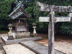 護国神社内の祠