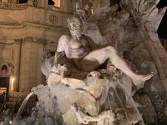 ナヴォーナ広場。こちらもベルニーニの彫刻