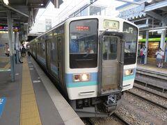 松本駅をJRの列車で出発し、長野駅に向かう。