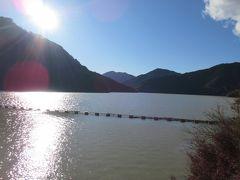 もう1つの冬桜の名所 城峯公園を目指します  先の台風の影響で通行止が有るので 下久保ダムを通ります