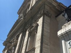 共和国広場から徒歩5分の「サンタ・マリア・デッラ・ヴィットーリア教会」 はい!こちらは映画「天使と悪魔」のロケ地。「火」のベルニーニの代表作「聖テレザの法悦」がある場所。