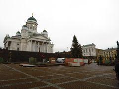 ヘルシンキ大聖堂  フィンランドのシンボルであるヘルシンキ大聖堂へやって来ました。 フィンランドの中心に位置するヘルシンキ大聖堂。この大聖堂は現在、フィンランドの最も有名な観光地の1つで、毎年35万人を越える人々が訪れています。