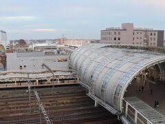 眺望はさいたま新都心駅。