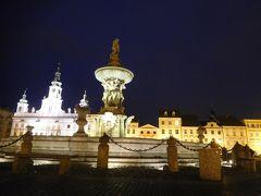 チェスキー・クルムロフからバスで30分、南ボヘミア地方の中心都市チェスケー・ブジェヨヴィツェ(Ceske Budejovice)がこの日の宿泊地である。駅から徒歩15分程、旧市街の中心プシェミスル・オタカル2世広場に到着。 チェスケー・ブジェヨヴィツェはチェスケー・ブディヨヴィツェと表記しているものもある。外国の地名を日本語で表記するのは難しく、発音するのはさらに大変である。私はチェスケー・ブデヨビッチェと言う風に発音している。