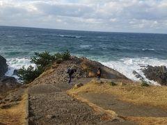 こえー!風つえー!  手が震えてる状態で岸まで行くのは、スマホを落としてしまうリスクがある為、ここまでにしておいてやったぜ。汗