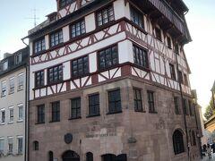 デューラーハウス 砂岩階と木組みの中世の建物