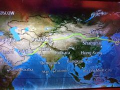 で……定刻05:45ドバイ空港着。