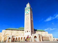 で……14時頃、空港を出発。 とりあえず「ハッサン2世モスク」周辺を散策し……