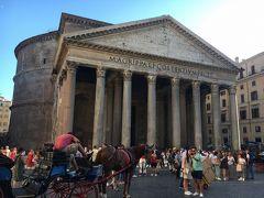 そしていよいよ念願のローマ最古の神殿「パンテオン!」古代ローマの遺跡の中で今も残っている遺産で紀元前27年に建設され、焼失後、118年に再建で、映画「天使と悪魔」の事件で一番最初にラングドン教授が訪れる場所。