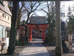 松本市内中心部にある深志神社  大路地から細い裏路地に入ったところにあります。