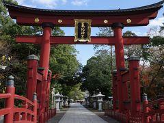 駐車場へ戻る途中で立ち寄った気比神宮、ある意味ここが敦賀市内唯一と言って良いメジャーな観光スポットではないでしょうか。 この大鳥居は、春日大社、厳島神社と並ぶ日本三大木造大鳥居のひとつとのことです。
