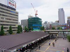 ●JR新潟駅前  新潟市内に来たのは、もう約8年前。 この駅前のバスターミナル、何か記憶にあるなぁ…。 バスが、バックで入ってくる(笑)。