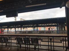 電車の風景も映画にでてきそうな雰囲気でいい感じです?