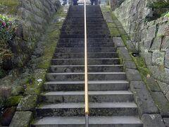 長寿寺  建長寺に行く途中、長寿寺を覗いてみた。