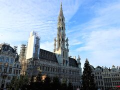 ■Grand-Place(グラン・プラス)  ヴィクトール・ユーゴーが「世界で最も美しい広場」と称賛したことで有名です。