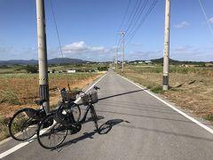 まずは、「シュガーロード」。 何もない一本道ですが、自転車で駆け抜けると気持ち良いです。