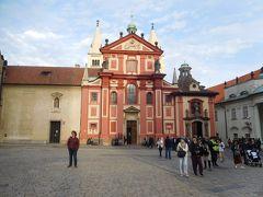 旧王宮見学をさっさと済ませて、聖イジー教会に移動。