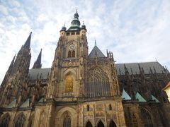 聖ヴィート大聖堂は大きいので、全体を撮影するのは難しい。