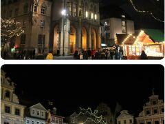 ■Fischmarkt mit Rathaus  フィッシュマルクト(市庁舎前)のクリスマスマーケット。  <開催期間> 2019/11/26 - 12/22  <開催時間> 日曜日 - 水曜日:10時 - 20時 木曜日:10時 - 21時 金曜日 - 土曜日:10時 - 22時