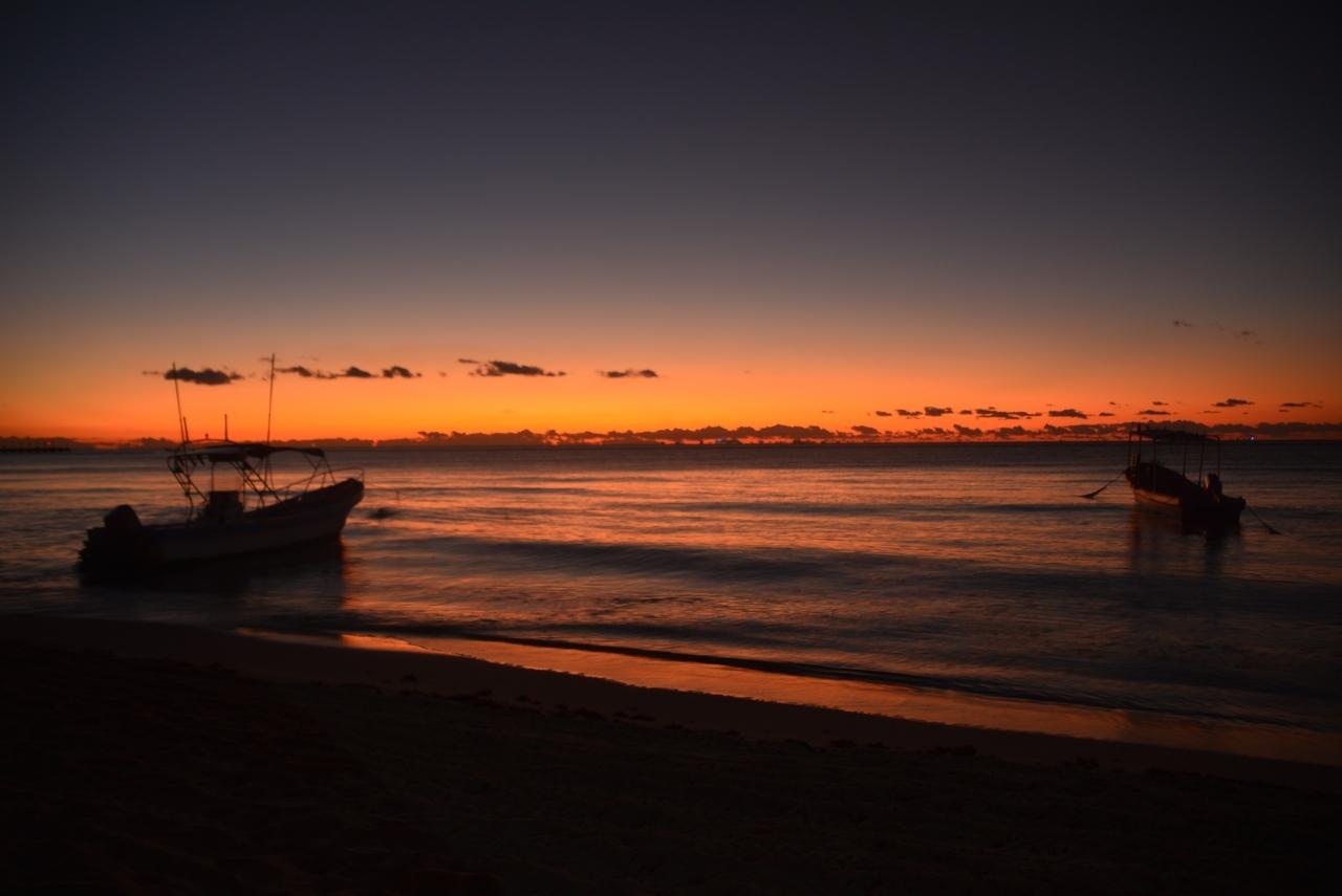 集合時間は朝7時です。 日が少し長くなりました。 日の出は7時ちょっとすぎです。