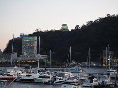 熱海城もライトアップされてきました。