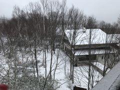 「奥志賀高原シャレークリスチャニア」 おとなりのペンション オーストリアで修行されたオーナーさんの 欧風家庭料理がランチでもいただけるそうです。