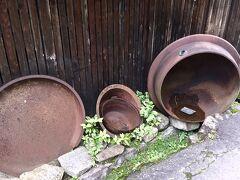 【ブラジルくんだりからとうとう来ちゃった妻籠宿(つまごじゅく)】  この放置されたサビサビの釜は、最初に見ましたね....